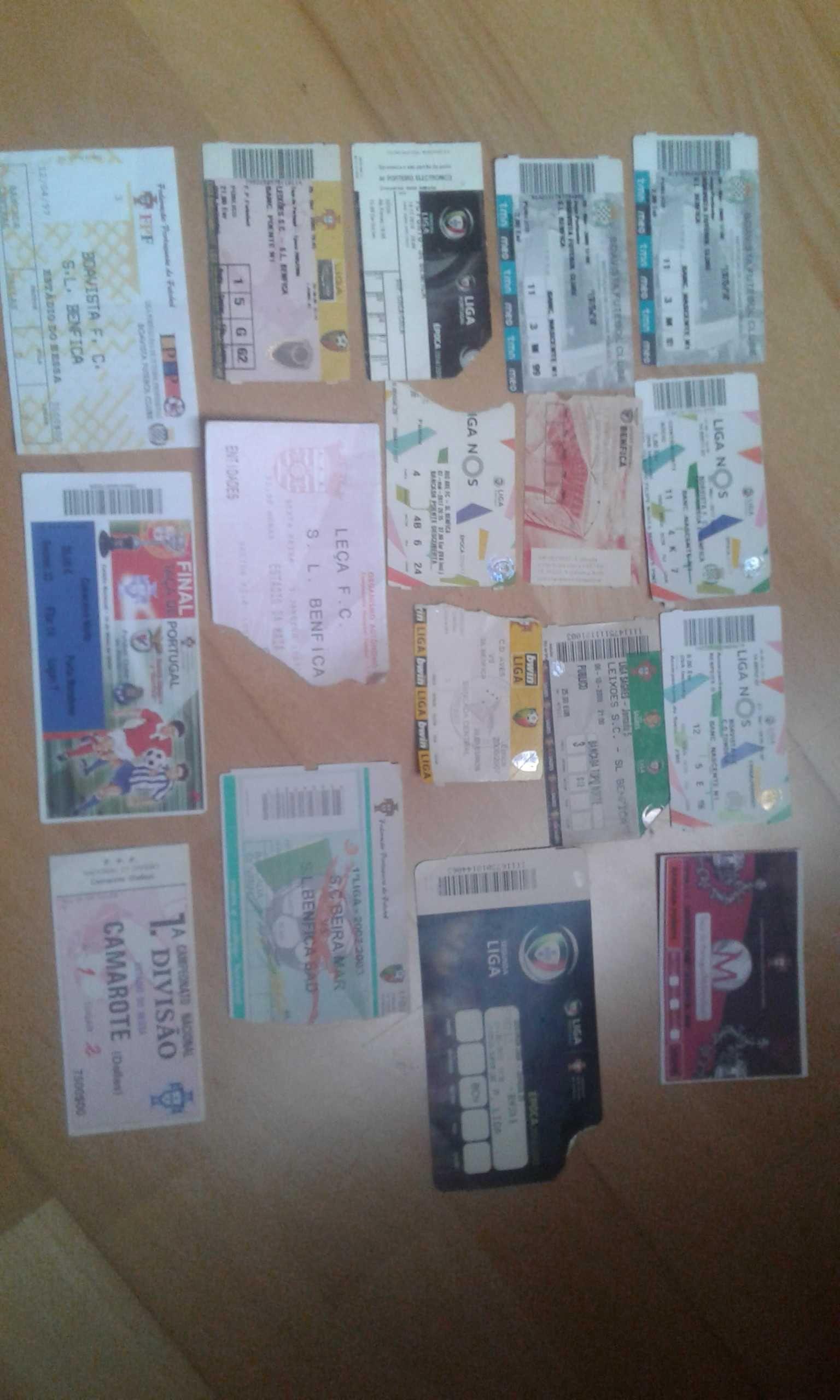 18 bilhetes de jogos do benfica