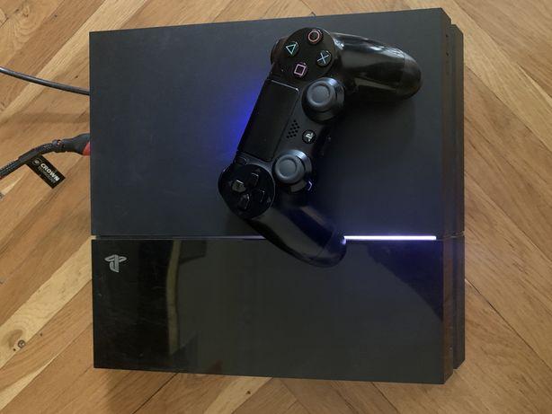 PS4 500 гб + 1 джойстик