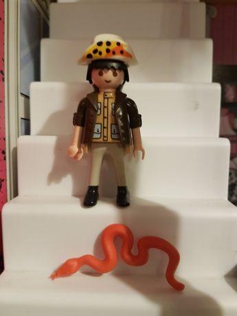 Playmobil figurka ludzik safari plus czerwony wąż