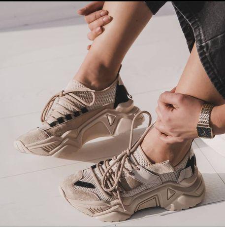 Мега крутые   кроссовки!!!