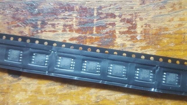 мікросхем флеш-пам'ять MX25L3206E - 10шт.