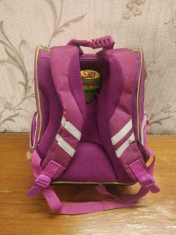 Рюкзак розовый в хорошем состоянии