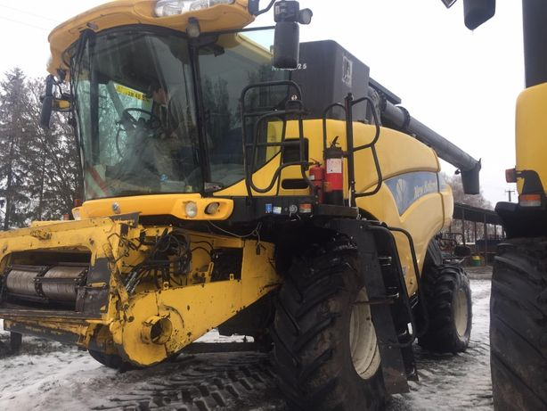 NEW HOLLAND CR9080 {2 шт} 2008 год. 4701 наработка
