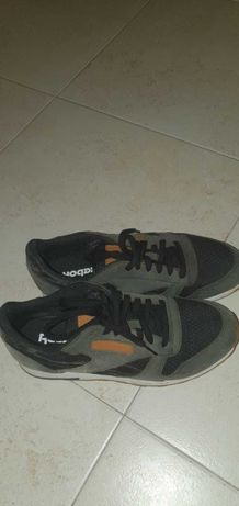 Sapatilhas Reebok, Gola, Nike