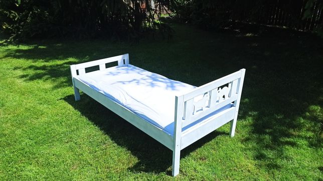 Łóżko dziecięce KRITTER 70x160 cm IKEA z materacem.