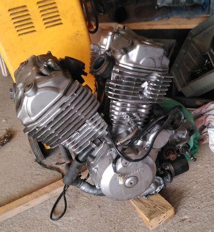 Motor Honda transalp 600
