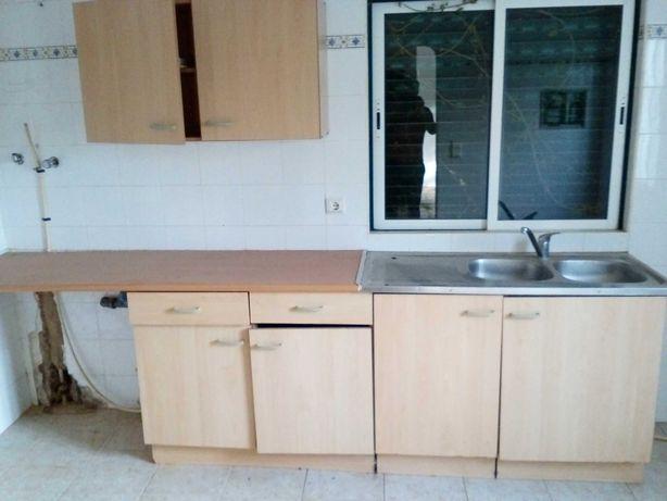 Conjunto móveis de cozinha, armário superior e lava loiça em inox
