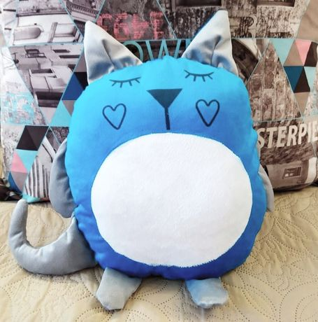 Подушка-игрушка котик.