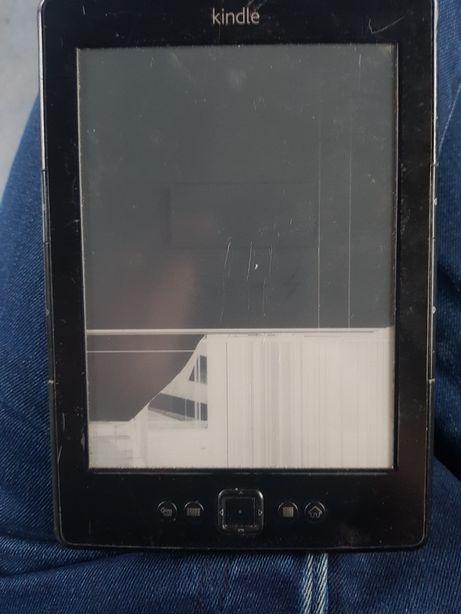 Kindle 4 (d01100)битый
