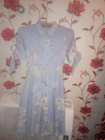 Продам платье в нормальном состоянии