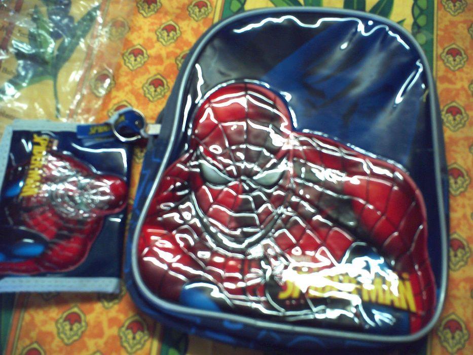 Mochila + carteira homem aranha novo