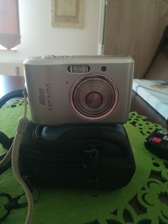 Nikon coolpix l16 z futerałem.