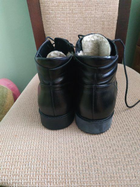 Зимове чоловіче взуття