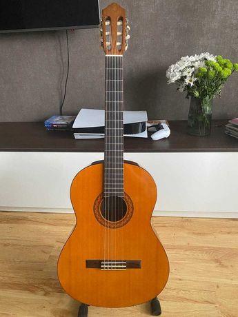 Классическая гитара yamaha С40 + в подарок чехол