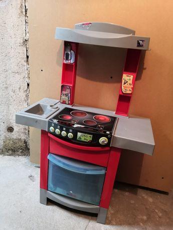 Kuchnia do zabawy dla dzieci