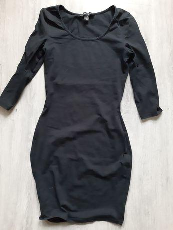 Sukienka m czarna dłuższą