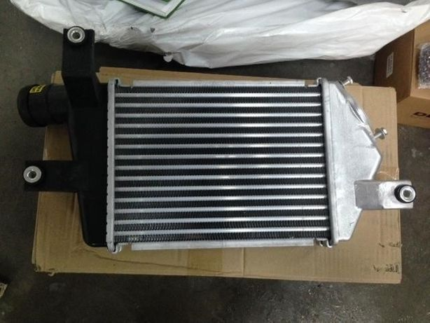 Радиатор, бампер mitsubishi L200