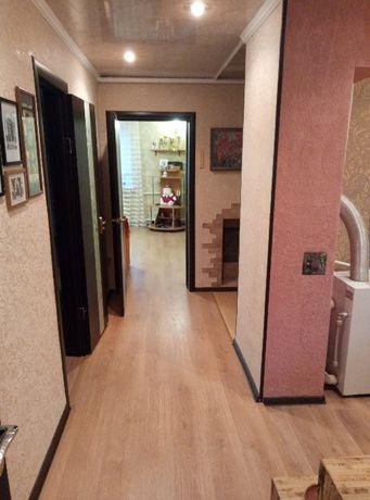 Дом с ремонтом и всеми удобствами 3-к в Чeрняховe