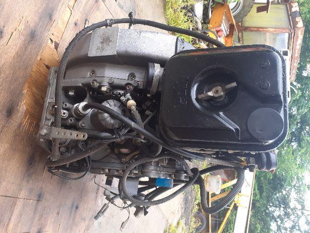 silnik hatz D81