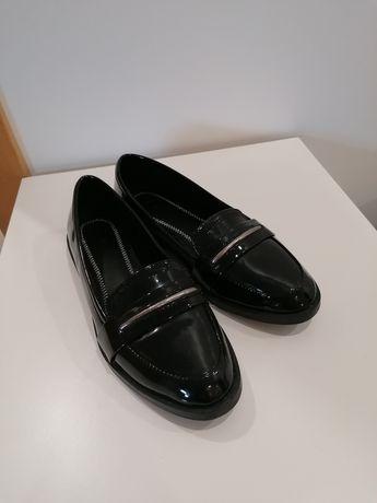 Sapatos Pretos Bershka