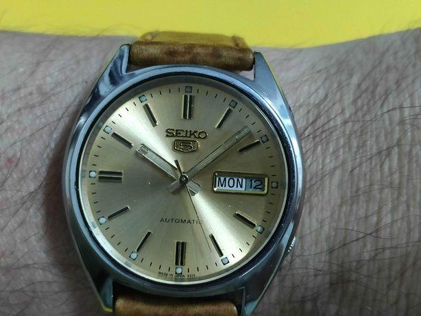 Relógio antigo SEIKO 5 automático