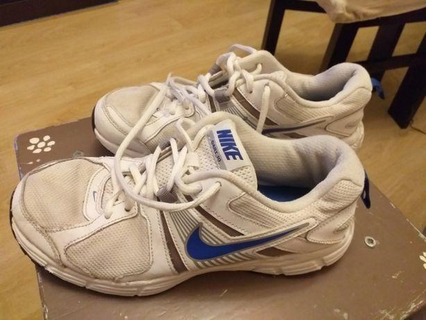 Buty sportowe Nike rozm. 38