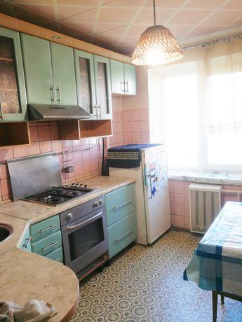 Продам  4к квартиру в  1 минуте от метро  Теремки, ул. Глушкова 30