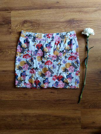 Spódniczka mini z motywem kwiatowym
