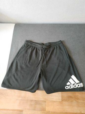 Шорти Adidas оригинальные мужские.