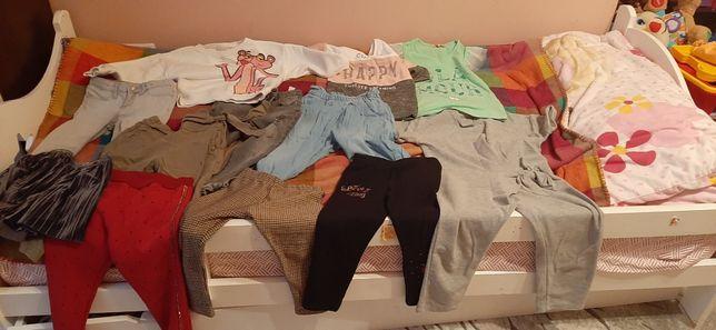 Продам пакет одягу(12 речей) на дівчинку на 5 років(110см)