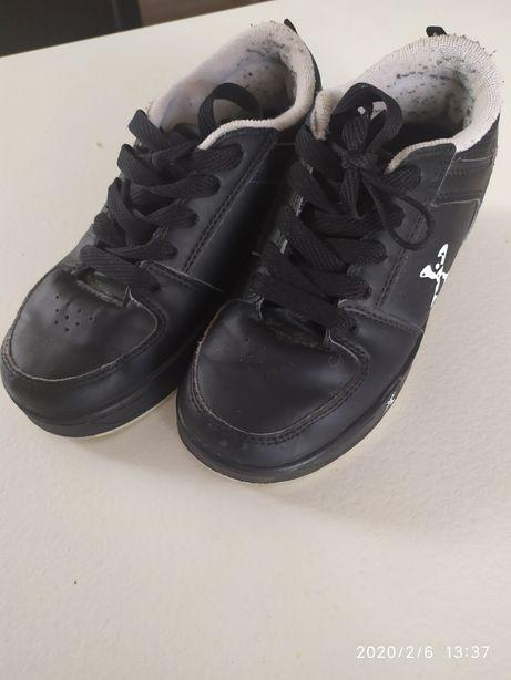 Кросівки хіліси 33 розмір