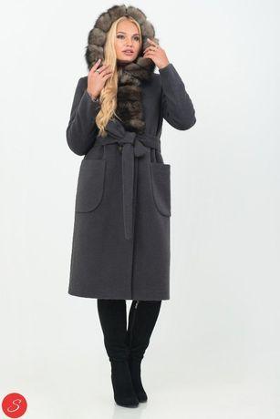 Зимнее пальто, размер 46 с натуральным мехом
