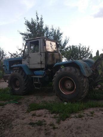 Власний Трактор т150. В робочому стані