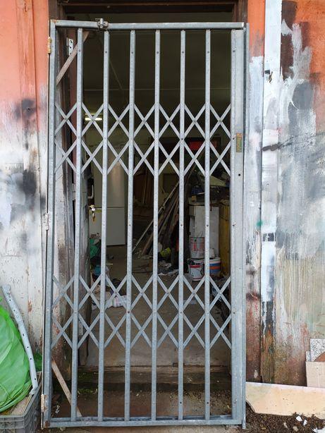 Porta e janelas Grade marca Hercules