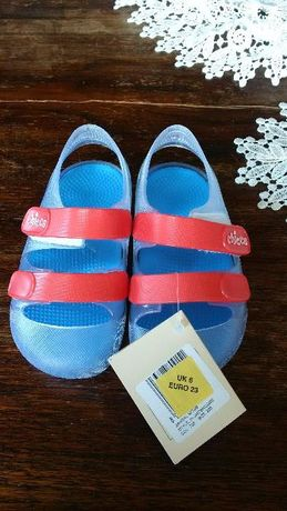 Buty do wody 23, Chicco 23