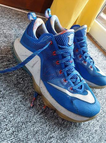 Nike LeBron XII LOW LMTD R. 42.5
