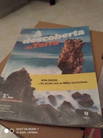 Livro Ciências Natureza - À descoberta da terra 7 ano Manual