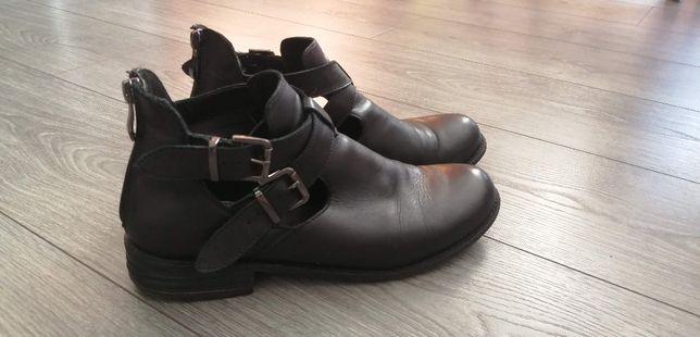 Buty jesienne zimowe skórzane CCC Lasocki rozm. 39 kozaki botki