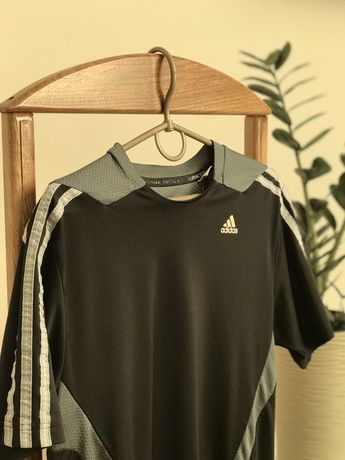 Спортивна футболка Adidas