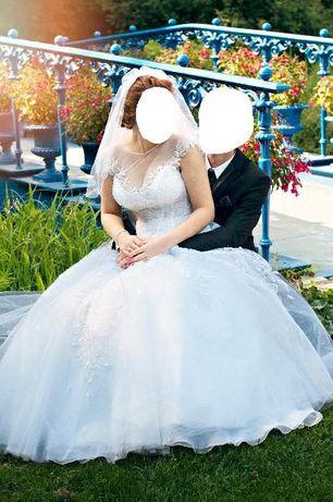 Suknia ślubna AGORA 16-04