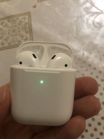Oryginalne Airpods 2