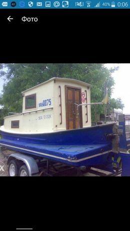 Катер яхта лодка