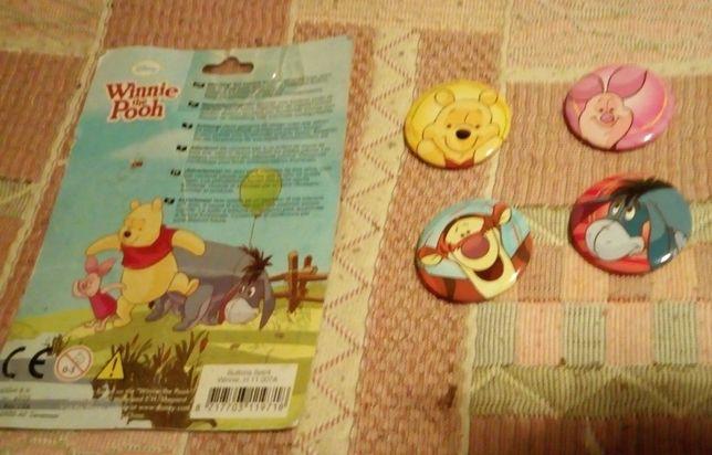 Kubuś Puchatek i przyjaciele- 4 nowe znaczki do przypięcia