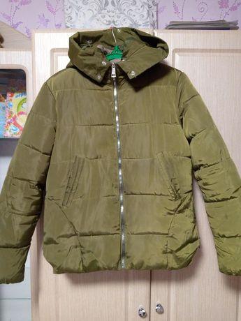 Курточка осіння 46 розмір