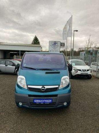 Opel Vivaro 2.5 дизель
