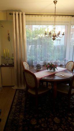Sprzedam stół drewniany + 4 krzesła