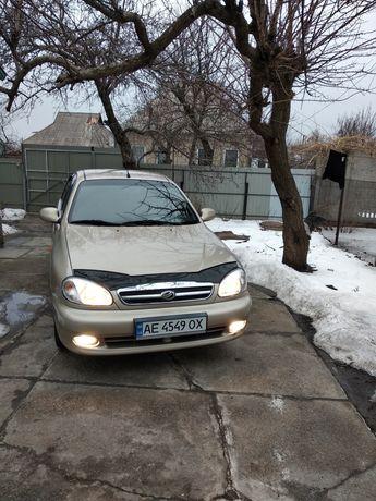 Продам авто Сенс в идеальном состояние 2012г
