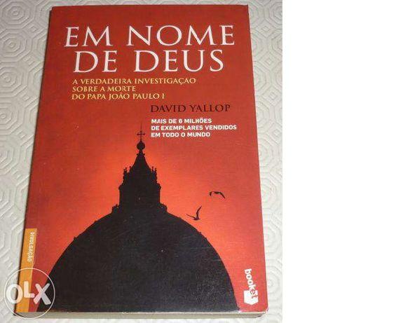 """Vendo livro """" Em nome de Deus"""""""