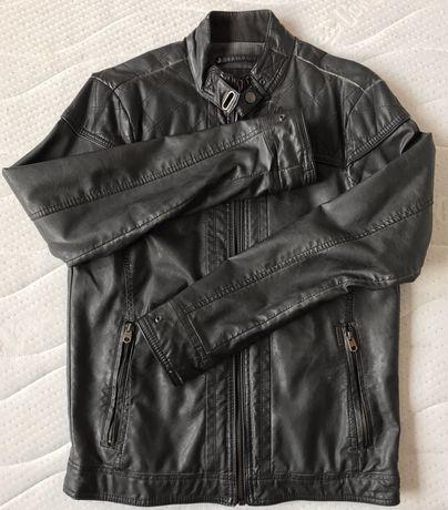 Kurtka skóropodobna Pull&Bear, czarna, stan idealny, vintage.