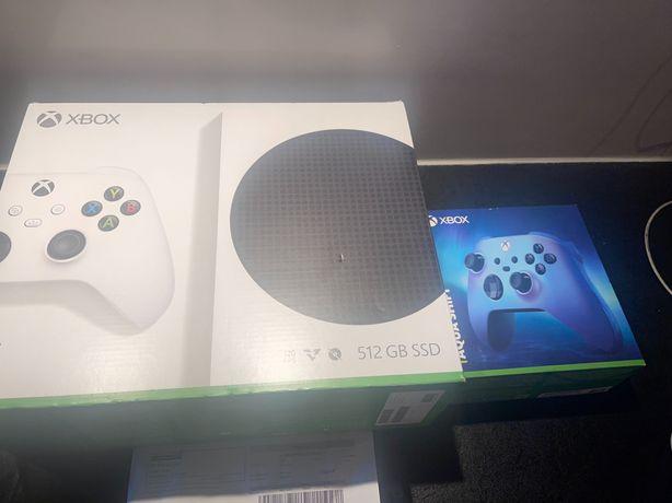 Xbox series S 512 GB SSD + dodatkowy pad NOWY